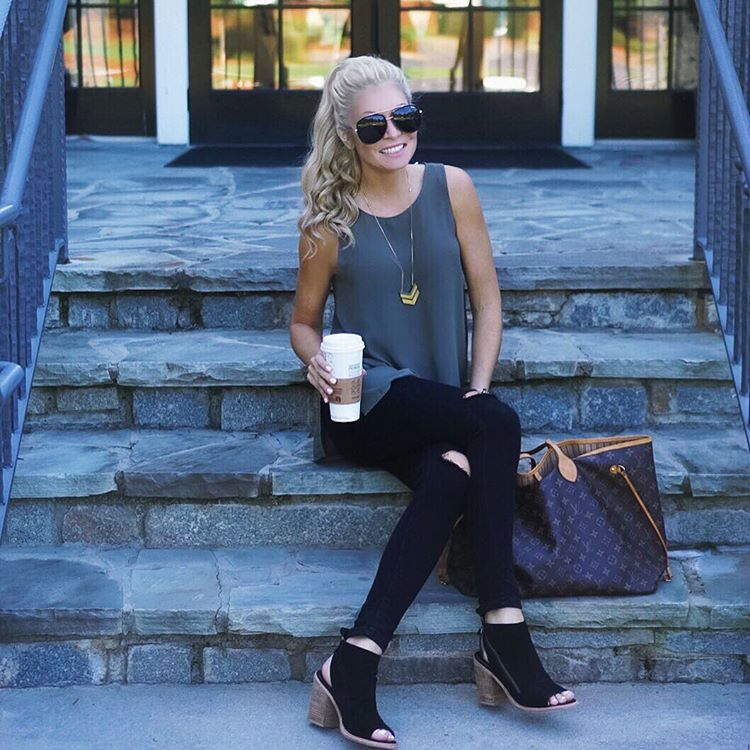 It was 90+ degrees today and I'm so over this heat! Ready for FALL , football , and pumpkin spice everyyyything! http://liketk.it/2p6gS #readyforfall #wiw #ootd #liketkit