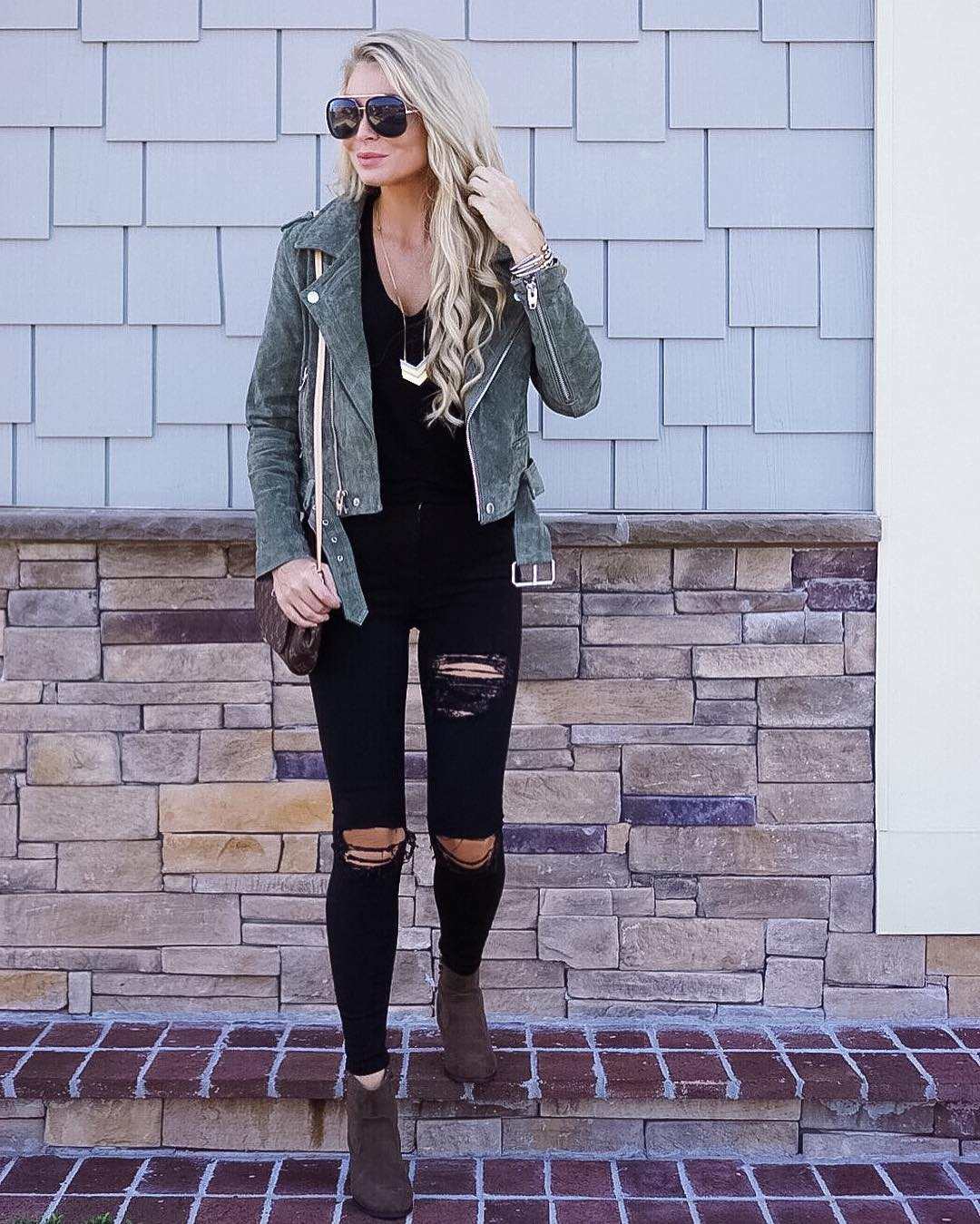 Ready for fall anytime nowww...and can we talk about this moto jacket { totally OBSESSED } it's selling out fast so grab one while ya can! http://liketk.it/2p9Qr #liketkit #readyforfall #happysunday #ootd #wiw #fallfashion