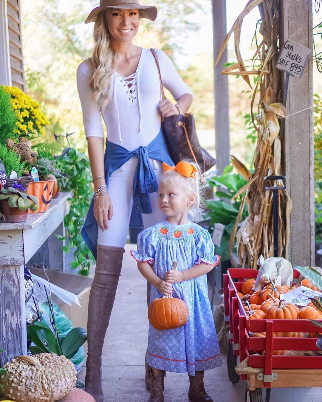 Squeezed in one last pumpkin patch run with this cutie! Can't wait to take this chick trick-or-treating!! http://liketk.it/2puD9 #fall #fallfashion #momlife #lifewithblove #wiw #ootd #halloween #liketkit