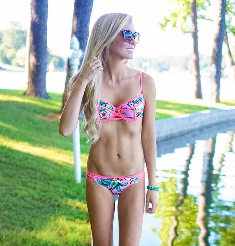 When it's this hot outside, bikinis are always a good idea! {And this one is under $30!!} #sundayfunday #summer http://liketk.it/2oNtk #lakedays #longlivesummer #ootd