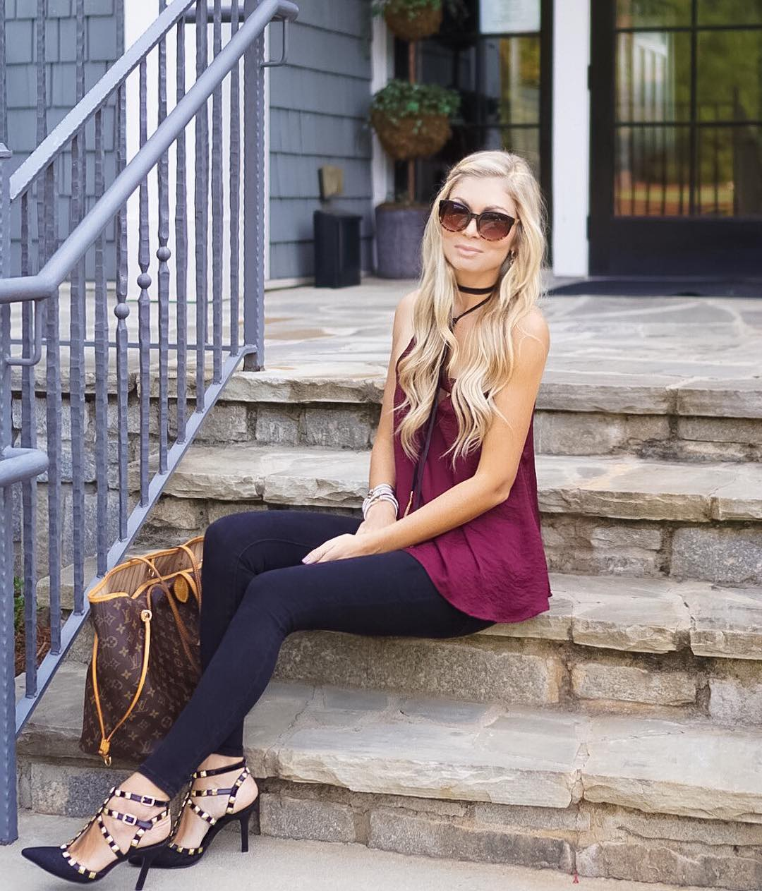 Happy Friday! Thankful this week is over and I can watch football all day tomorrow!! {And my entire outfit it under $100} http://liketk.it/2pnWH #tgif #happyfriday #liketkitunder50 #liketkitunder100 #liketkit #wiw #ootd #rolltide