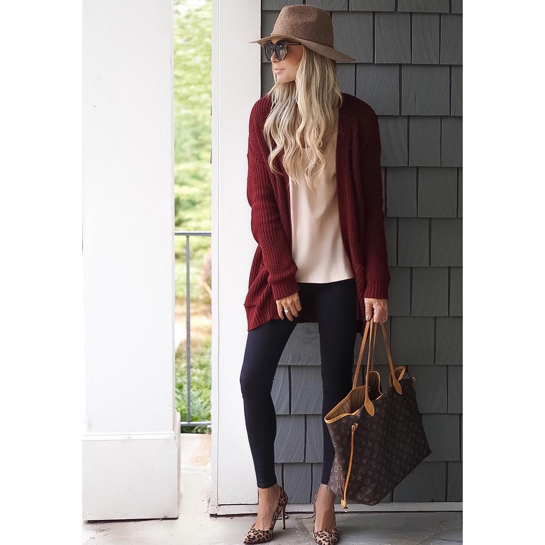 Bring back the cooler weather!! Comfy, oversized cardigans are my newest obsession!! I need them ALL! ♠️ {This cardigan is under $30} http://liketk.it/2pq89 #fall #fallfashion #ootd #wiw #liketkit #liketkitunder50