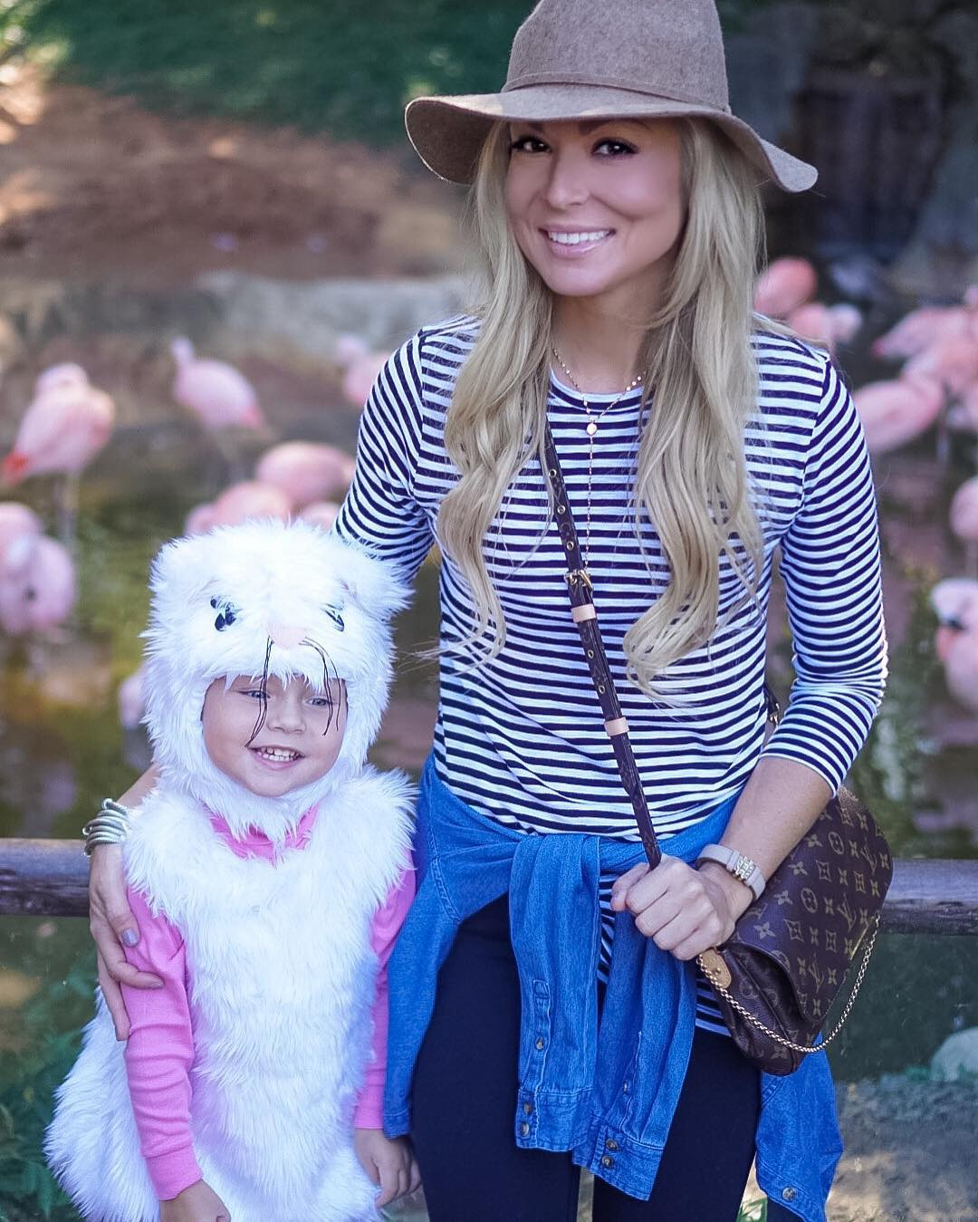 Boo @ the Zoo with this pretty kitty! http://liketk.it/2prsd @liketoknow.it #sundayfunday #ootd #wiw #momlife #lifewithblove #liketkitunder50