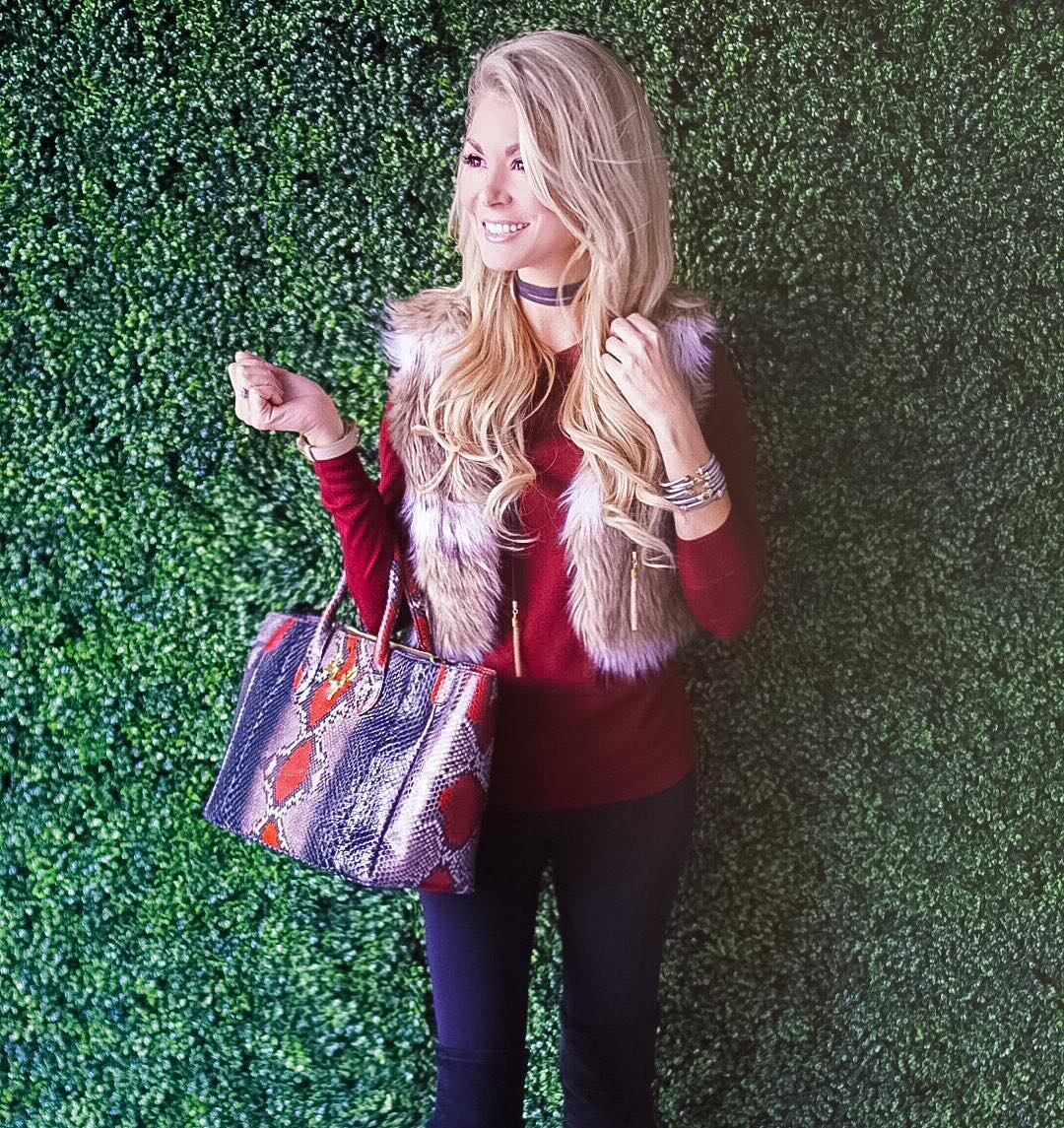 When a bag matches your outfit this perfectly, you know it's meant to be! But seriously, totally obsessing over every single @shoptaxidermy bag right now! #needthemALL http://liketk.it/2ps20 #fall #fallfashion #ootd #wiw #liketkit