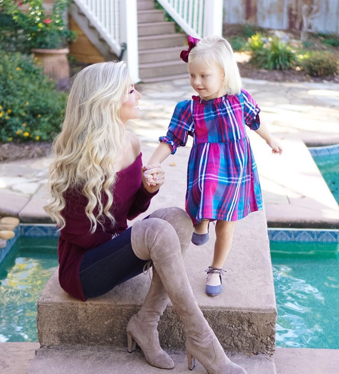 Happy Thanksgiving! // I'm not sure what life would be without her in it!? She is proof that God's timing is always perfect! ✨// #thankful #blessed #momlife
