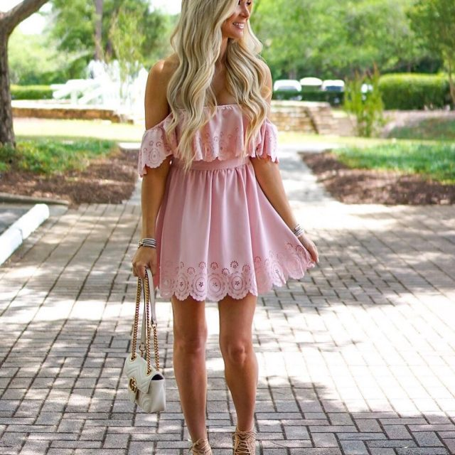 Waltzing into the long weekend in the prettiest pink dress!hellip